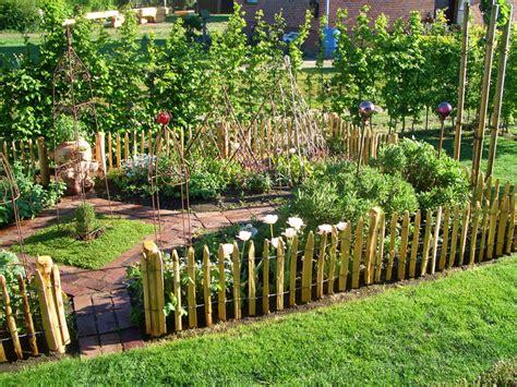 Garten Anlegen Zaun