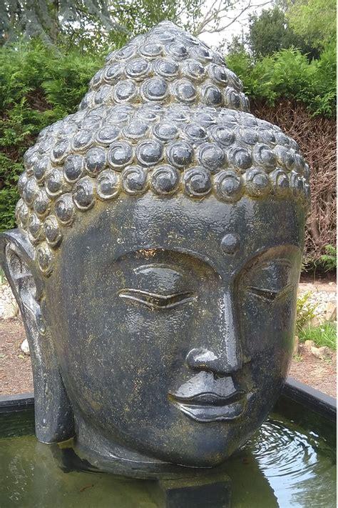 Garten Brunnen Buddha