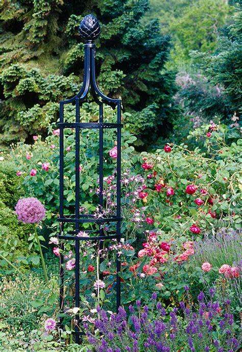 Garten Obelisk
