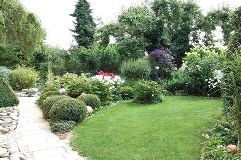Garten Pflanzen Anlegen