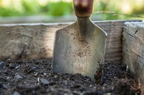 Gartenarbeit Ungarn