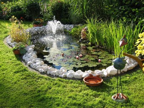 Gartenteich Steine