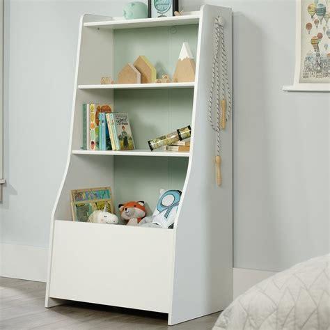 Garza Standard Bookcase