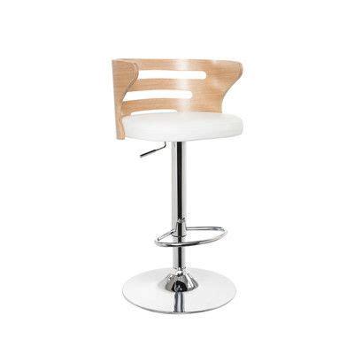 Geordi Swivel Lounge Chair