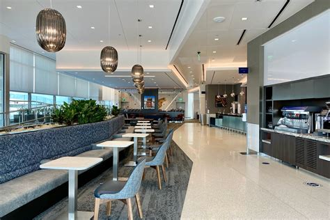 Credit Card Access To Airport Lounges Get Airport Lounge Access With These Cards The Points Guy