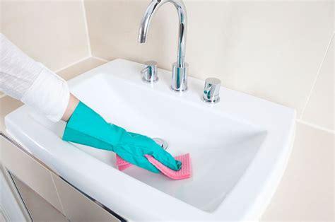 Glas Waschbecken Sauber Machen