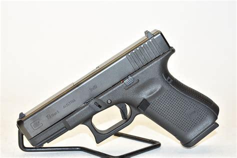 Glock-19 Glock 19 9mm Buds.