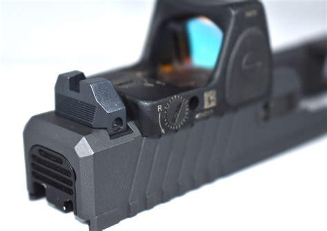 Glock-19 Glock 19 Fiber Optic Suppressor Sights.