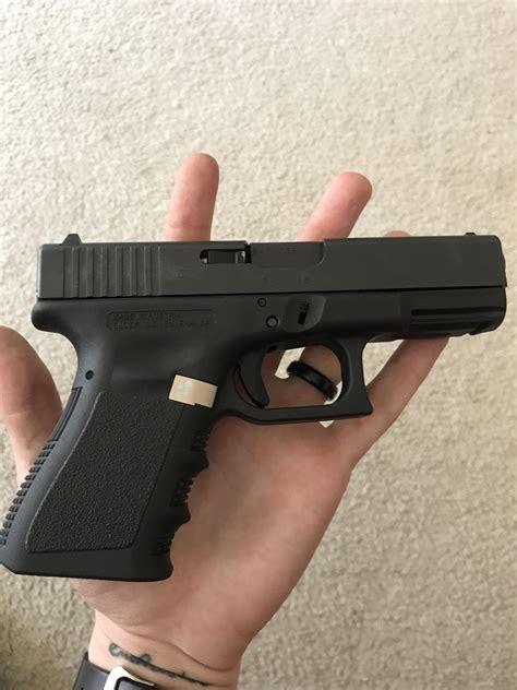 Glock-19 Glock 19 Gen 3 Extended Mag Release Install
