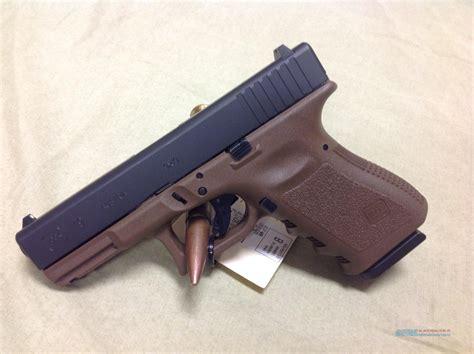 Glock-19 Glock 19 Gen 3 Flat Dark Earth 9mm.