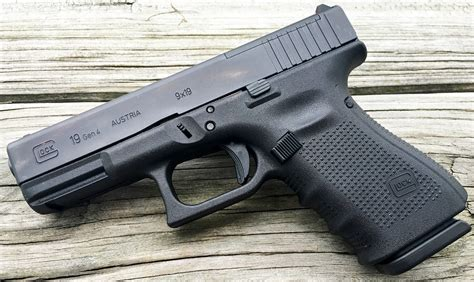 Glock-19 Glock 19 Gen 4 Review.