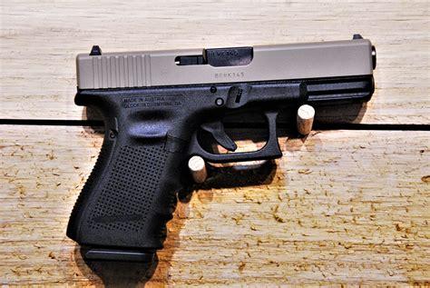 Glock-19 Glock 19 Gen 4 Shooting Steel Cased.