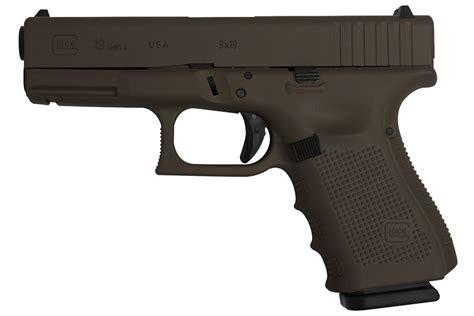Glock-19 Glock 19 Gen4 9mm 15-Round Pistol.