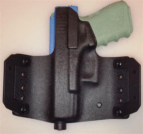 Glock-19 Glock 19 Holster With Suppressor Sights.
