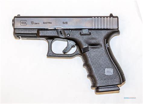 Glock-19 Glock 19 Machine Pistol For Sale.