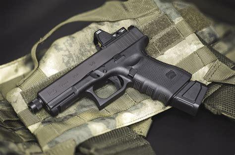 Glock-19 Glock 19 Mark 27.