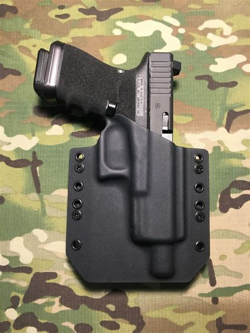 Glock-19 Glock 19 With Threaded Barrel Holster.