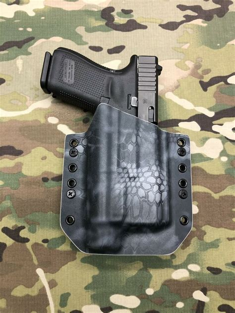 Glock-19 Glock 19 With Tlr-1 Hl Kydex Holster.