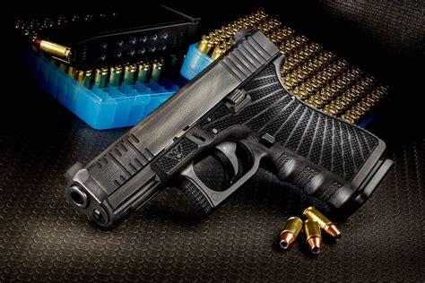 Wilson-Combat Glock Sues Wilson Combat.