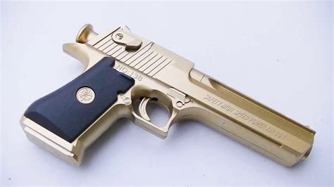 Desert-Eagle Gold Desert Eagle Toy.
