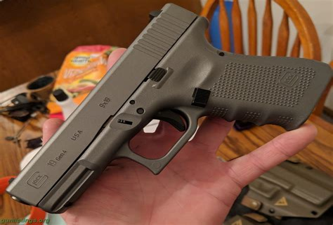 Glock-19 Grey Lipseys Glock 19