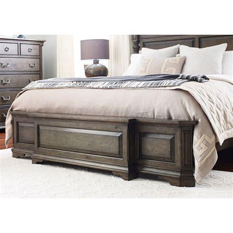Greyson Panel Bed byViv + Rae
