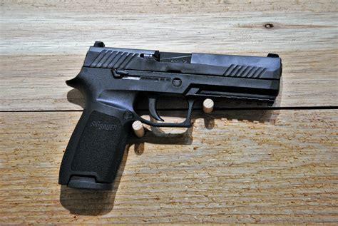 Sig-P320 Gunwatcher Sig P320.