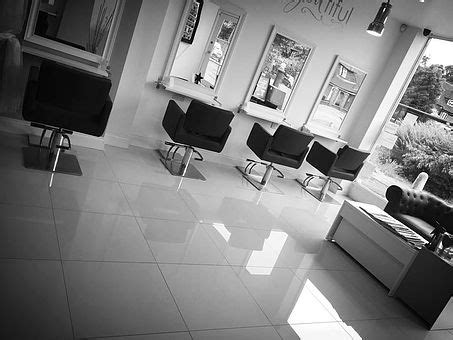 Hairdresser Hinchley Wood