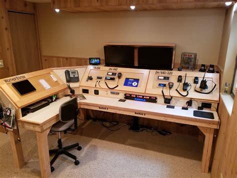 Ham Radio Desk Design