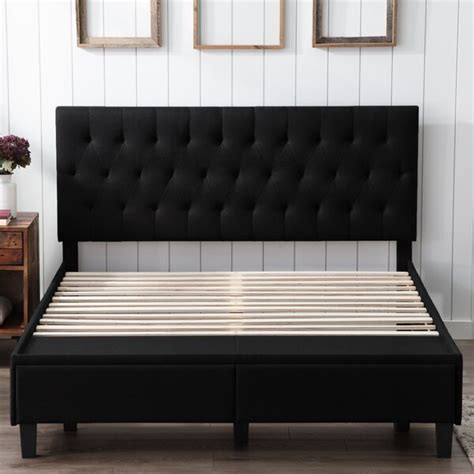 Hanford Panel Bed byBeachcrest Home