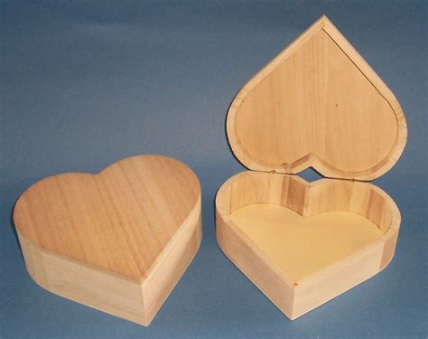 Heart Shaped Box Woodworking Plans