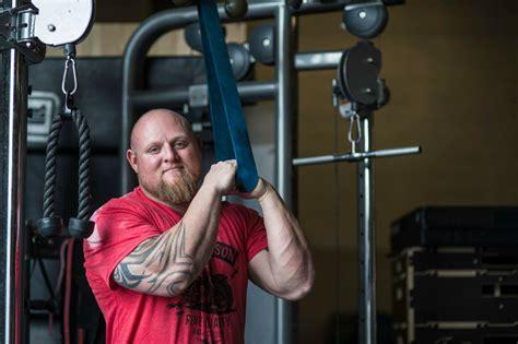 hip flexor issues deadlift record holder