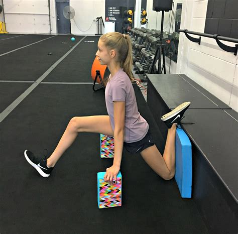 hip flexors stretch videos for the splits and raise