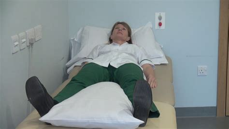 hip pain after sleeping or sitting