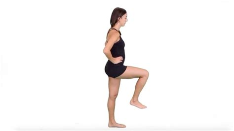 hip snapping hurts with hip flexion vs hip
