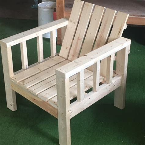 how to build chairs from 2x4