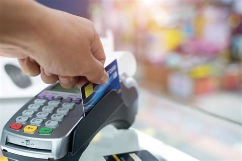Credit Card Transaction Fees For Small Businesses How Credit Card Processing Fees Work Fit Small Business
