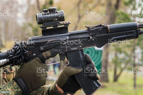 Ak-47-Question How To Aim An Ak 47.