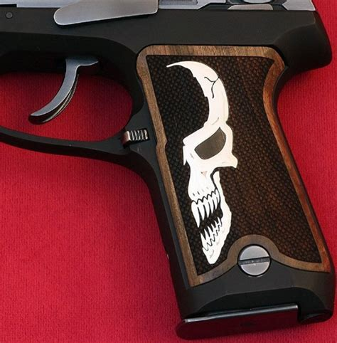 Ruger-Question How To Take A Ruger P85 Apart.