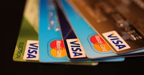 How To Use Credit Card Safely Use Virtual Credit Card Numbers To Shop Safely Online