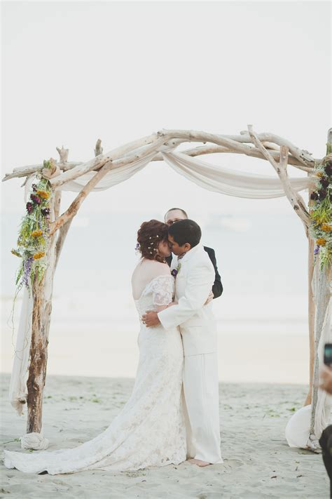 How To Make A Beach Wedding Arbor