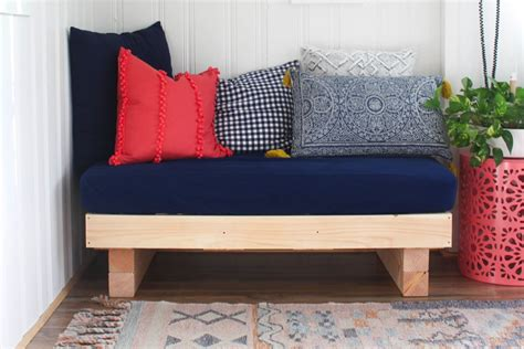 How To Make A Day Bed
