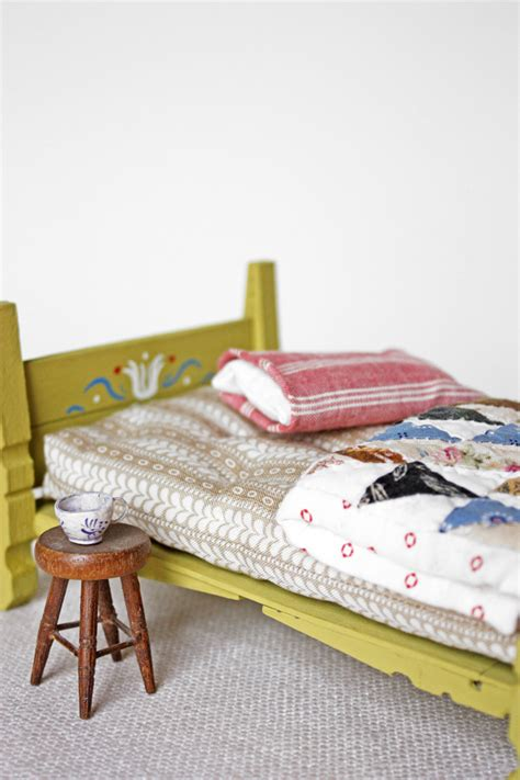 How To Make A Dolls Cot