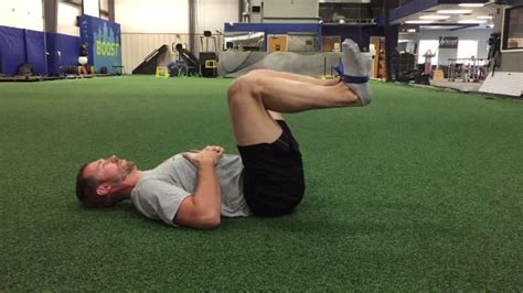hurt hip flexor from squatting exercise instructions for resistance
