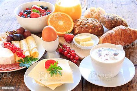Ideen Zum Frühstück Stockfoto Bild Von Glas Korb Oblaten 12757870
