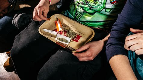 Joint Credit Card Application Uk Where Can I Apply For A Joint Credit Card Bizfluent