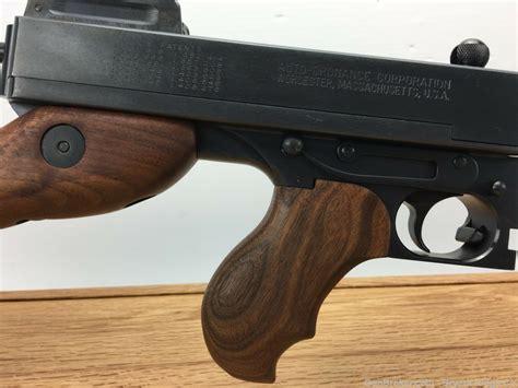 Tommy-Gun Kahr 1927a1 Tommy Gun.