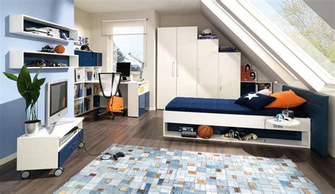 Kinderzimmer Junge Dachschräge