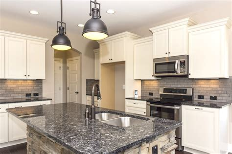 Kitchen Cabinet Hardware Knobs