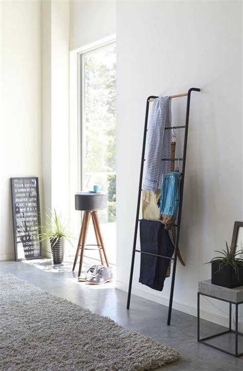Kleiderablage Schlafzimmer
